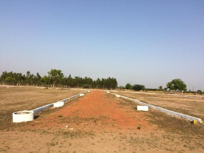 Gallery Cover Image of  Sq.ft Residential Plot for buy in Redhills for 462000