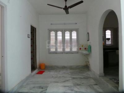 Gallery Cover Image of 950 Sq.ft 3 BHK Apartment for rent in Dum Dum for 8500