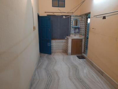 Gallery Cover Image of 850 Sq.ft 1 BHK Apartment for rent in Ghosh Villa, Konnagar for 9000