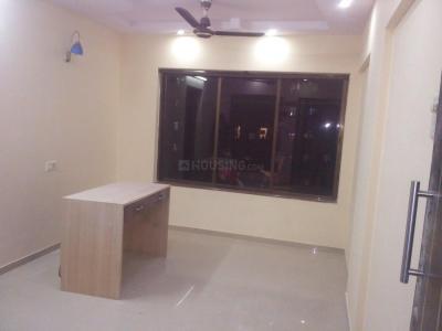 Gallery Cover Image of 550 Sq.ft 1 BHK Apartment for rent in Jainam Sanskruti Niketan, Borivali East for 18500
