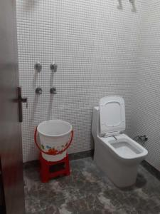 Bathroom Image of Simran Girls PG in Vijay Nagar