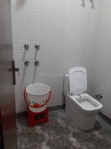 Bathroom Image of Simran Girls PG in Vijay Nagar