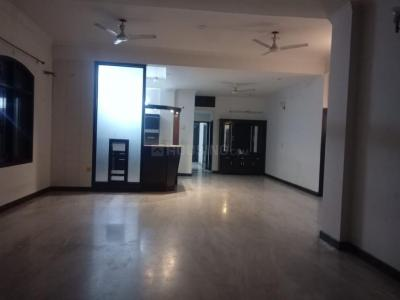 Gallery Cover Image of 4500 Sq.ft 4 BHK Independent House for rent in Sector 61 for 50000