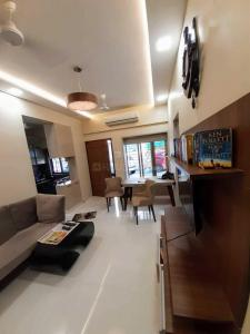 Gallery Cover Image of 700 Sq.ft 1 BHK Apartment for rent in Colaba for 80000