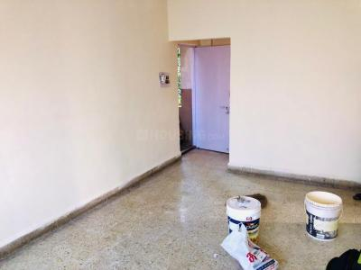 Gallery Cover Image of 550 Sq.ft 1 BHK Apartment for rent in Wanwadi for 12000