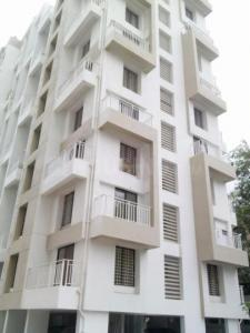 Gallery Cover Image of 900 Sq.ft 2 BHK Apartment for rent in Majestique Fifth Avenue, Hadapsar for 14000