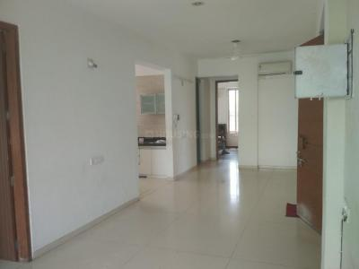 Gallery Cover Image of 1665 Sq.ft 3 BHK Apartment for rent in Bodakdev for 35000