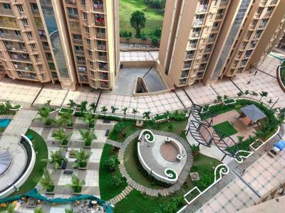 Gallery Cover Image of 1050 Sq.ft 2 BHK Apartment for buy in Marina Enclave Tower K & L, Malad West for 14900000