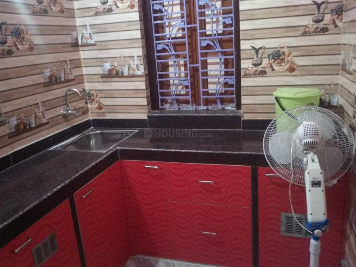 Kitchen Image of 975 Sq.ft 3 BHK Independent House for rent in Sonarpur for 12000
