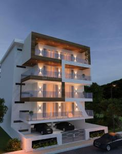 Gallery Cover Image of 8000 Sq.ft 7 BHK Villa for buy in DLF Phase 2 for 75000000