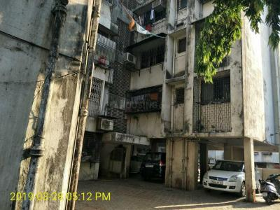 Gallery Cover Image of 410 Sq.ft 1 RK Apartment for buy in Allwyn Apartment, Kurla West for 6499999