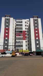 गुरु बृंदावन गार्डन, मदुरवोयल  में 7500000  खरीदें  के लिए 7500000 Sq.ft 3 BHK अपार्टमेंट के गैलरी कवर  की तस्वीर