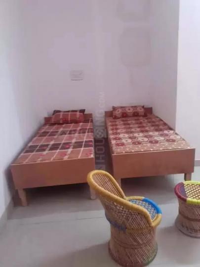 Bedroom Image of Aarti PG in Sector 70