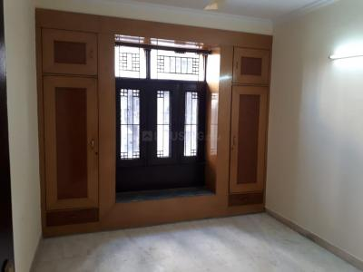 Gallery Cover Image of 850 Sq.ft 2 BHK Apartment for buy in Sector 61 for 5500000