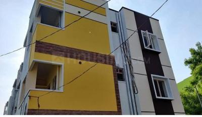 Gallery Cover Image of 845 Sq.ft 2 BHK Apartment for buy in Sara Lotus, Kundrathur for 3500000
