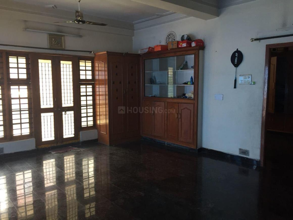 Living Room Image of 1600 Sq.ft 2.5 BHK Independent House for rent in Kukatpally for 25000