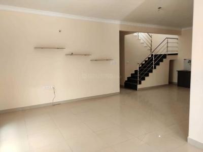 Gallery Cover Image of 2650 Sq.ft 4 BHK Villa for rent in Kadugodi for 32000