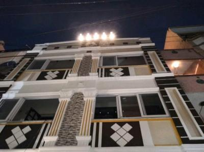 Gallery Cover Image of 1100 Sq.ft 2 BHK Independent Floor for rent in Narasingapuram for 21000