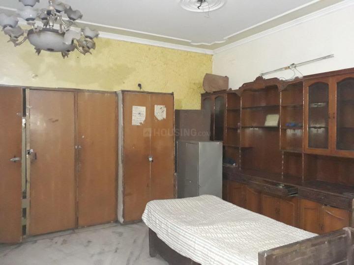 Bedroom Image of Karan PG in Sector 12