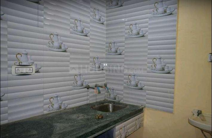 Kitchen Image of 700 Sq.ft 2 BHK Independent House for buy in Krishna Nagar for 2700000