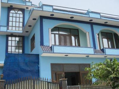 Gallery Cover Image of 2100 Sq.ft 3 BHK Independent House for buy in Sigma III Greater Noida for 7200000