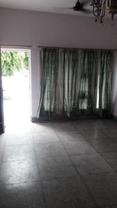 Gallery Cover Image of 21000 Sq.ft 4 BHK Independent Floor for rent in Sector 16A for 26000
