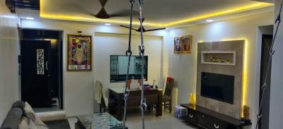 Gallery Cover Image of 750 Sq.ft 2 BHK Apartment for rent in Borivali West for 35000