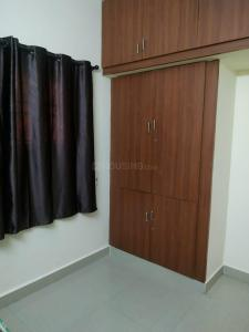 Gallery Cover Image of 1350 Sq.ft 3 BHK Apartment for buy in Manapakkam for 6800000