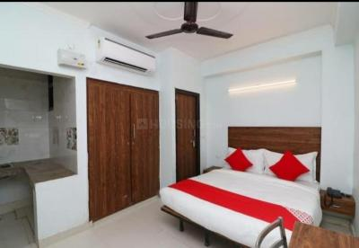 Gallery Cover Image of 300 Sq.ft 1 RK Independent Floor for rent in New Ashok Nagar for 8500