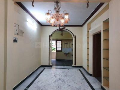 Gallery Cover Image of 930 Sq.ft 2 BHK Apartment for rent in Ramapuram for 15000