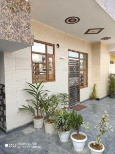 Gallery Cover Image of 1530 Sq.ft 3 BHK Independent Floor for buy in Sector 91 for 6000000