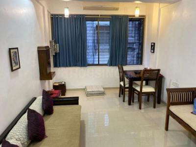 Gallery Cover Image of 650 Sq.ft 1 BHK Apartment for rent in 30 Union Park, Bandra West for 50000