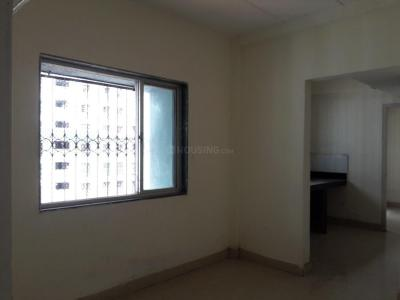 Gallery Cover Image of 419 Sq.ft 1 BHK Apartment for rent in Kandivali West for 14000