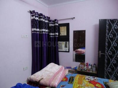 पीतमपुरा में गर्ल्स  के बेडरूम की तस्वीर