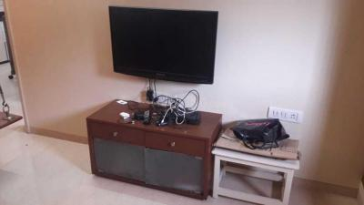 Gallery Cover Image of 1075 Sq.ft 2 BHK Apartment for rent in Vile Parle East for 59000