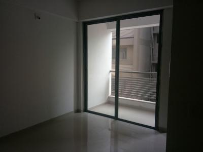Gallery Cover Image of 1200 Sq.ft 2 BHK Apartment for rent in Sambhavnath Upvan, Chandkheda for 8999