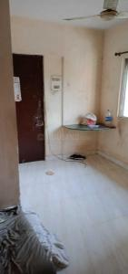 Gallery Cover Image of 300 Sq.ft 1 RK Apartment for rent in Malad East for 15000