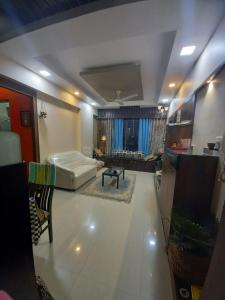 Gallery Cover Image of 910 Sq.ft 2 BHK Apartment for rent in jolly Apartment, Chembur for 50000