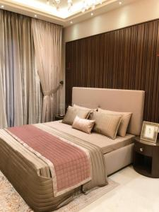 Gallery Cover Image of 1250 Sq.ft 3 BHK Apartment for buy in Motia Royal Citi Apartments, Gazipur for 3690000