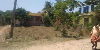 Gallery Cover Image of  Sq.ft Residential Plot for buy in Guduvancheri for 4800000