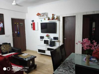 Gallery Cover Image of 1200 Sq.ft 2 BHK Apartment for rent in Chi V Greater Noida for 15000
