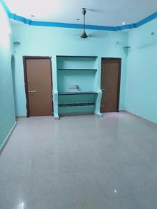 Gallery Cover Image of 800 Sq.ft 2 BHK Independent Floor for rent in Urapakkam for 10000