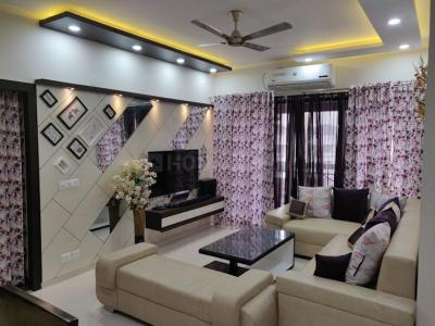 Gallery Cover Image of 1350 Sq.ft 3 BHK Apartment for buy in Supreme Lake Primrose, Powai for 24700000