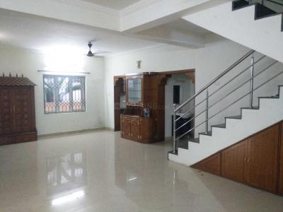 Gallery Cover Image of 5000 Sq.ft 5 BHK Independent House for rent in Uthandi for 75000
