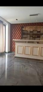 Gallery Cover Image of 15000 Sq.ft 10 BHK Villa for buy in Chhattarpur for 920000000