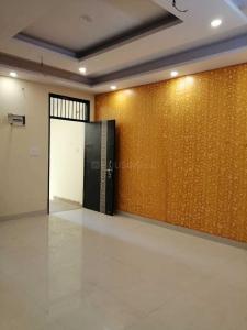 Gallery Cover Image of 1050 Sq.ft 3 BHK Independent Floor for buy in Govindpuram for 2199000