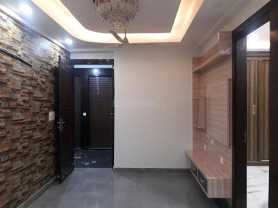 Gallery Cover Image of 1000 Sq.ft 2 BHK Apartment for buy in Niti Khand for 4400000