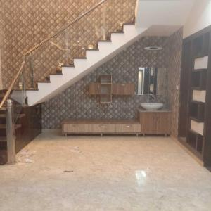 Gallery Cover Image of 2600 Sq.ft 4 BHK Villa for rent in Sector 71 for 70000