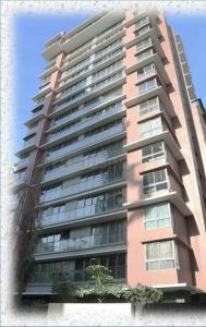 Gallery Cover Image of 3500 Sq.ft 6 BHK Independent Floor for buy in Man Shanti Sadan, Bandra West for 195000000