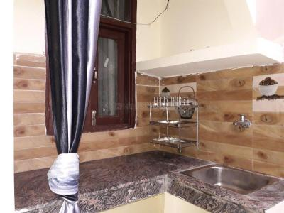 Gallery Cover Image of 192 Sq.ft 1 RK Apartment for rent in Sector 17 for 15000
